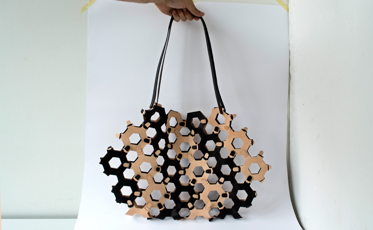 Pattern for reuse the waste leather. Etablissements Callataÿ by Jordi Pla
