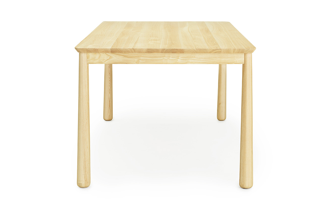 Dinning table Bop Normann Copenhagen by Jordi Pla